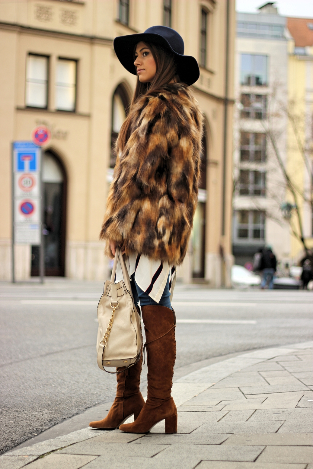 outfit-zara-streetstyle-germany-munich-blog-fur