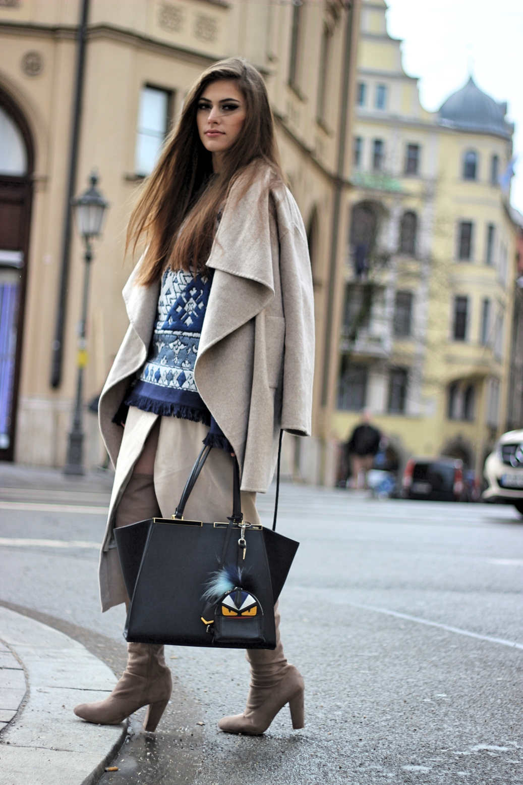 streetstyle-munich-germany-fendi-bagcharm-bagpack-fur-zara-coat-tory-burch-sweater-overknees