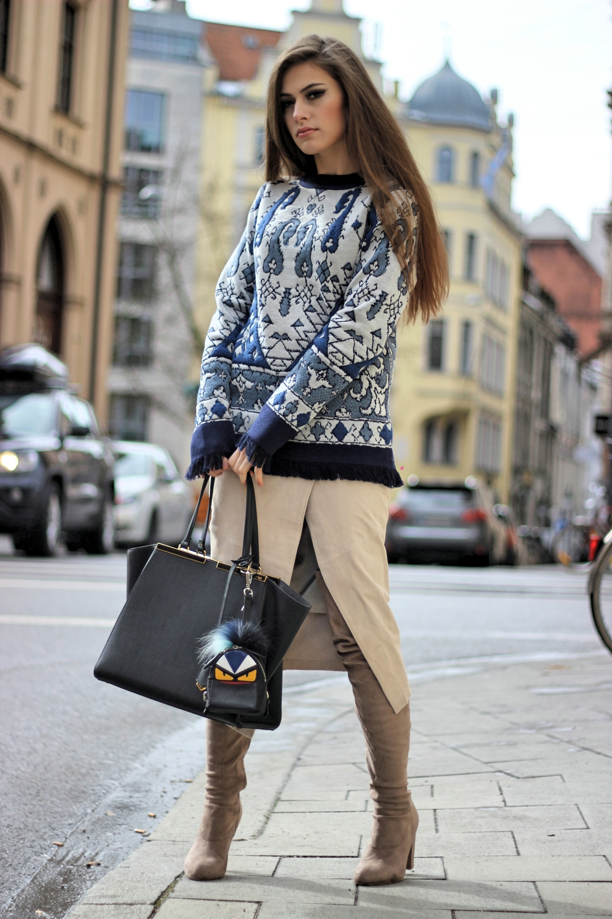 sweater-tory-burch-fendi-bag-3jours-monster-bagcharm-streetstyle-germany