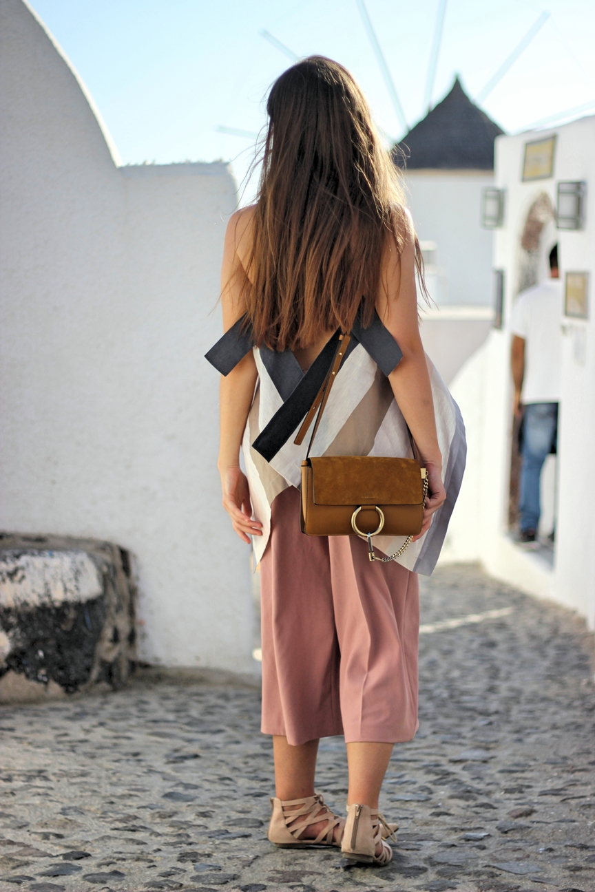 streetstyle-blog-santorini-brown-chloe-faye-bag